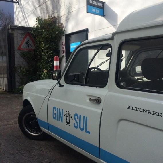 GIN SUL LIeferwagen