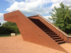 """Natürlich aus Stahl: der """"Hafenwächter"""", eine Aussichtsplattform in Riesa"""