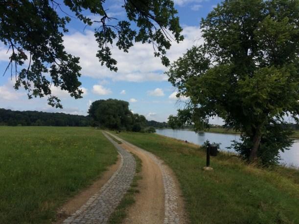 Elberadweg Strehla Nixstein