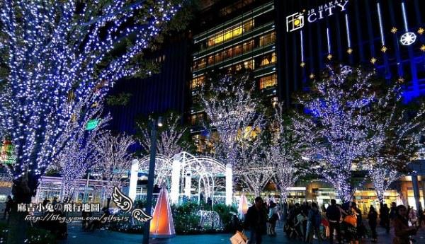 博多駅耶誕點燈【光の街。博多】JR博多シティ アミュプラザ博多(by HTC M8)