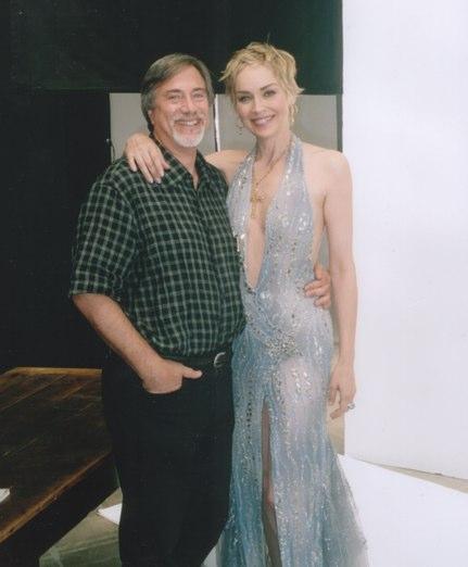Larry si Sharon Stone