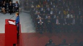 Sectores del agro, la construcción y el comercio analizaron la nueva cuenta pública de la Presidenta Michelle Bachelet.