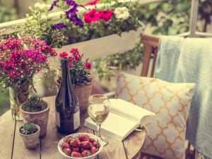 10 piante e fiori estivi che non devono mancare sul tuo balcone