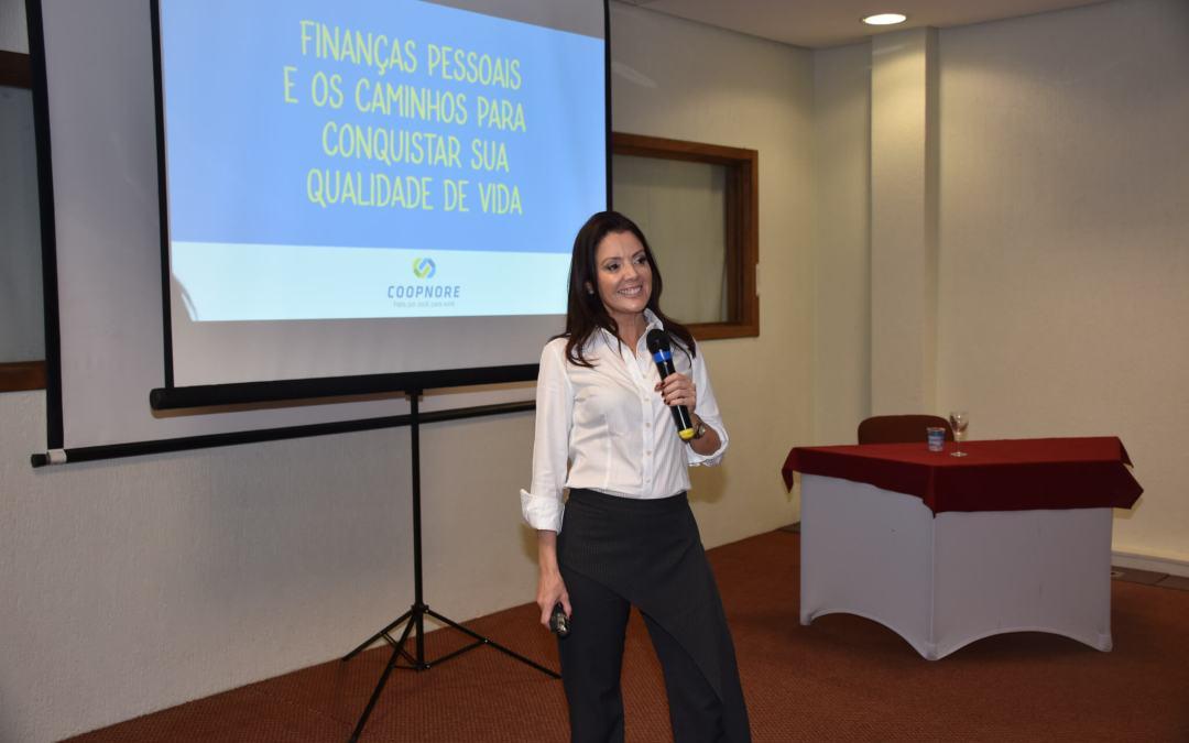 COOPNORE promove palestra sobre Finanças Pessoais no XII Encontro Notarial e Registral do RS