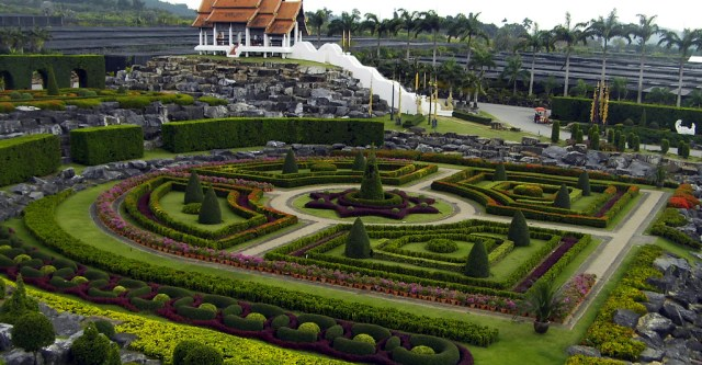 Nong Nooch Tropical Garden, book this and other great attractions at the Copa Hotel Pattaya Tour Desk