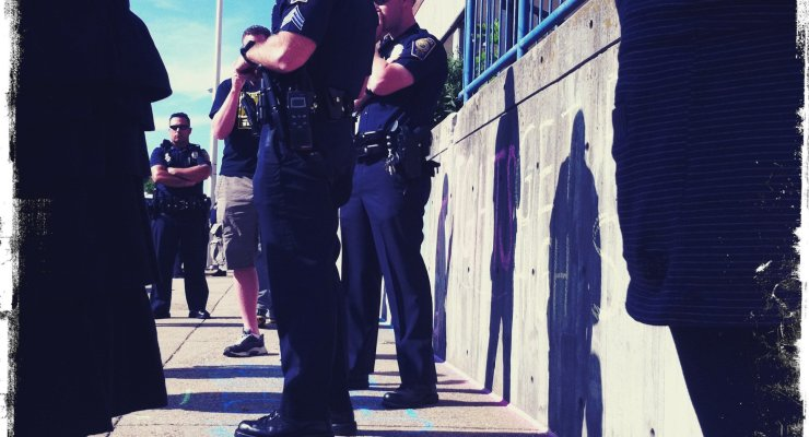cops-attempt-to-intimidate
