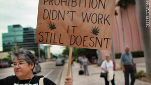 story_legalize_marijuana_sign_rally_fl_gi