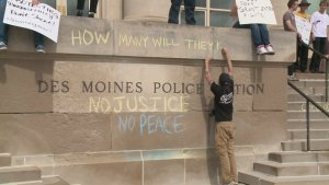 Media Response to CopBlock Protest in Des Moines