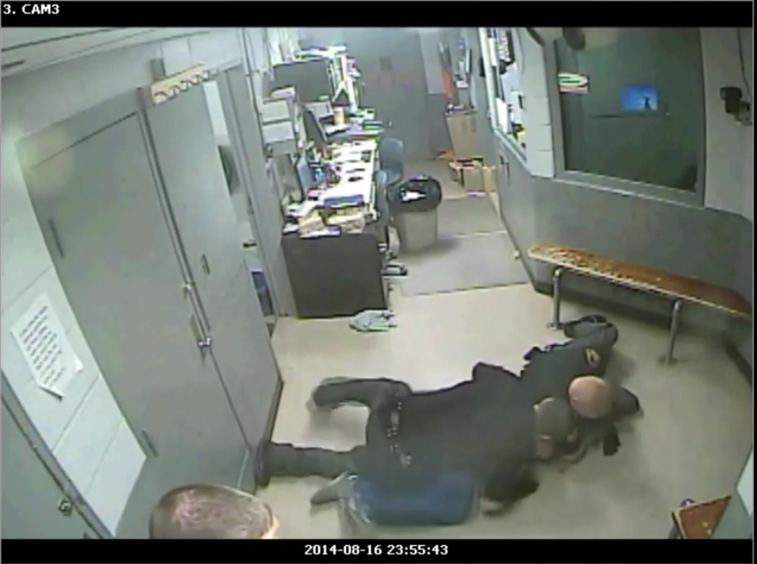 Ohio Jail Guards Caught Beating Inmate on Video Not Guilty
