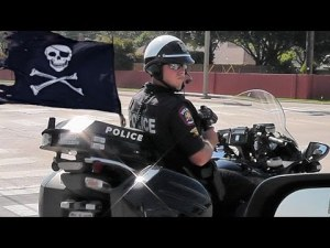 Carrollton Texas Road Pirates Care More About Booty than Safety