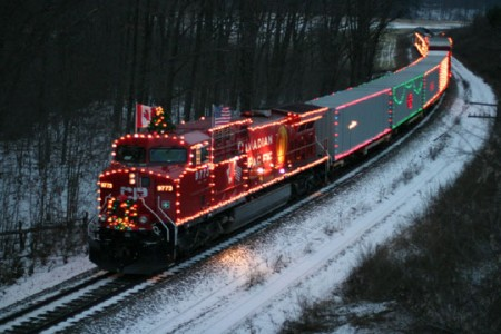 cp-holiday-train-web-image
