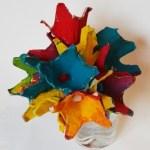 copii creativi flori din cartoane de oua