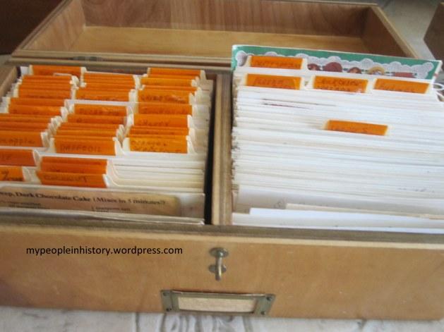 045-1 Recipe box