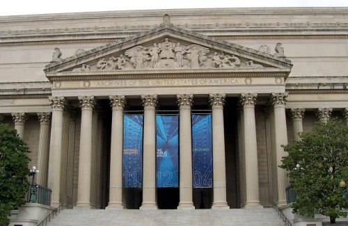 """National Archives Building"". Licensed under Public Domain via Wikimedia Commons - https://commons.wikimedia.org/wiki/File:National_Archives_Building.jpg#/media/File:National_Archives_Building.jpg"