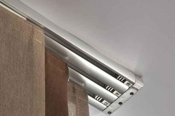 Fino ad una larghezza massima di 340 cm. Binari Per Tende In Alluminio Saronno Copreni Snc Serramenti E Tende Da Sole Saronno Varese