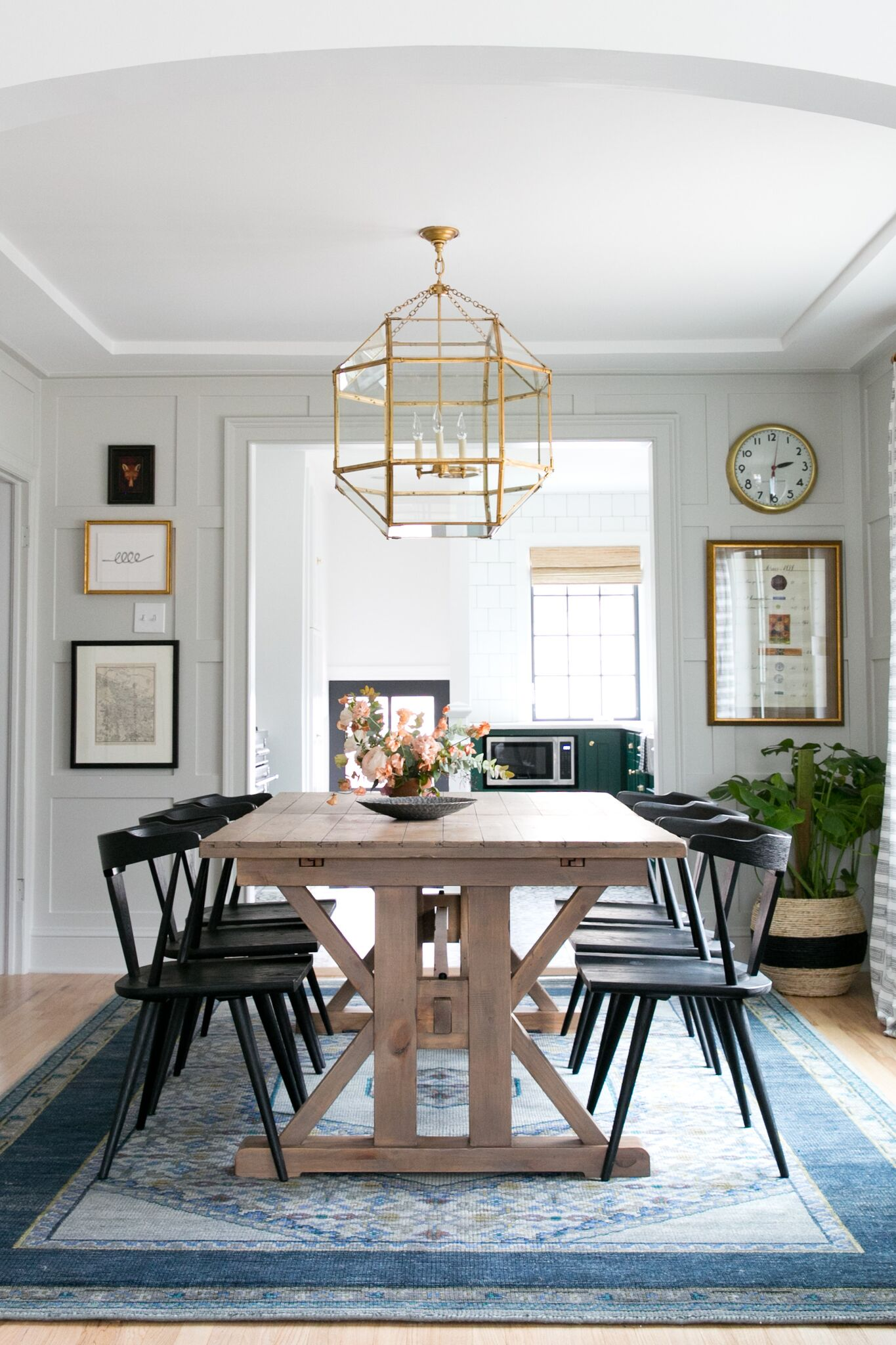 This Modern Farmhouse Dining Room By Studio Mcgee Gets