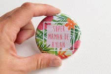 badge super maman de prenom personnaliser