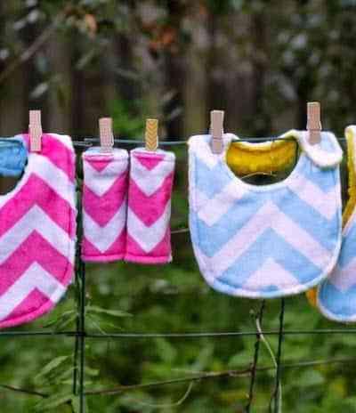 Free Baby Bib Pattern – The Rock-a-bye Bundle
