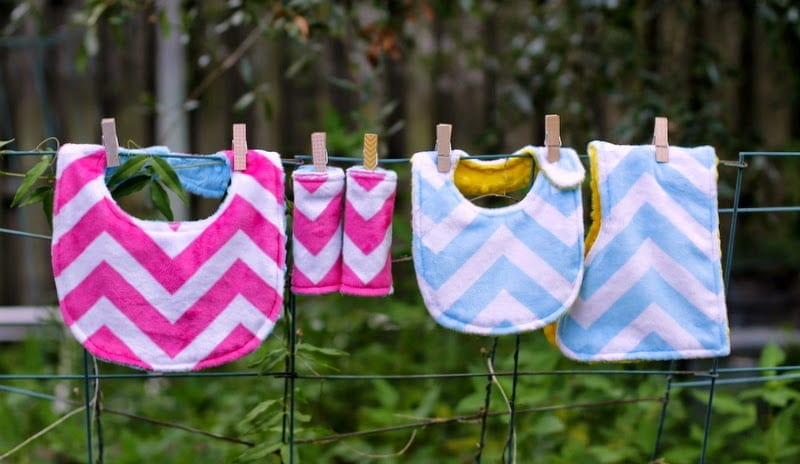 rock-a-bye bundle free baby bib pattern