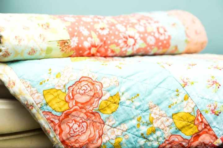 fabric-scrap-strip-quilt
