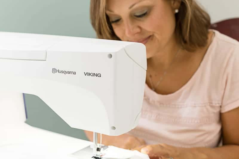 best-sewing-machine-features-for-quilting