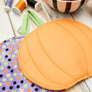 DIY Halloween Pumpkin Pot Holder Tutorial – Make-a-Palooza Day 3