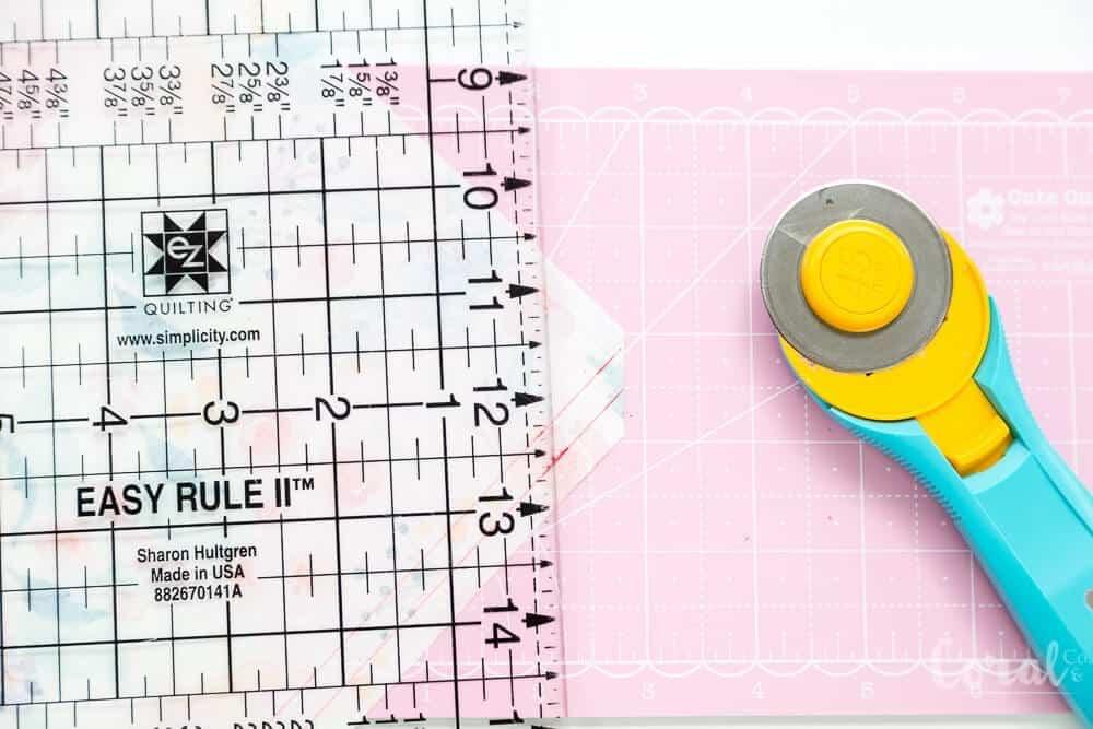 mitered-corner-napkins-tutorial