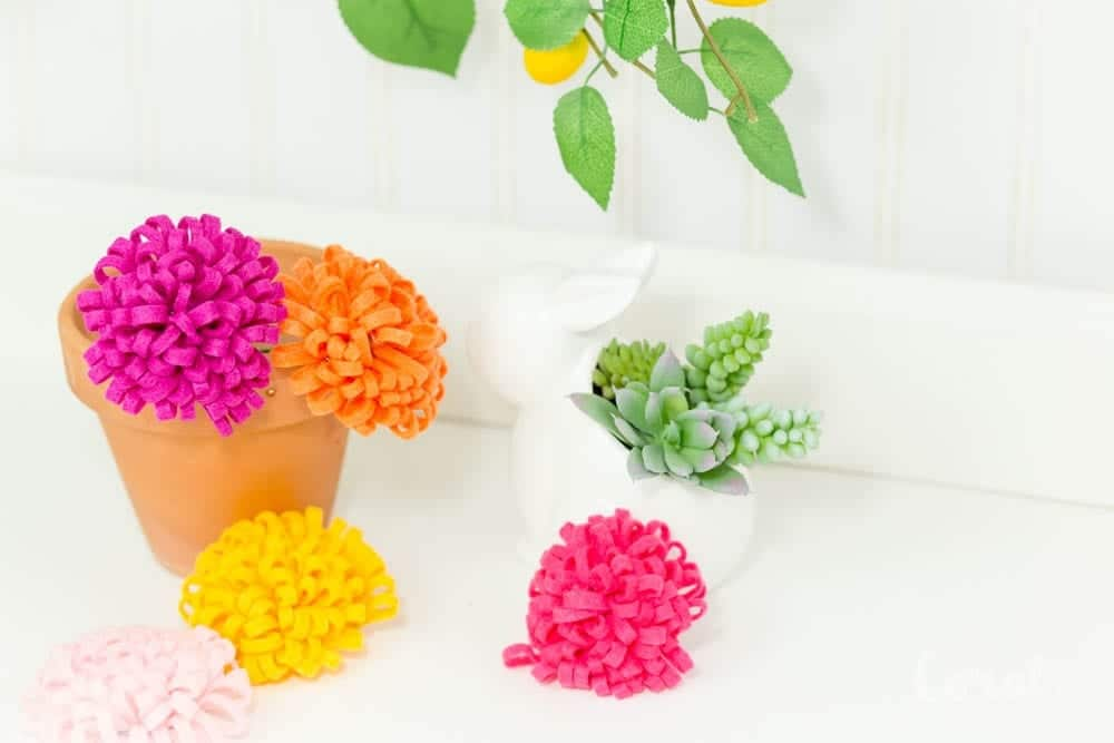 diy-felt-chrysanthemum-flower-pattern