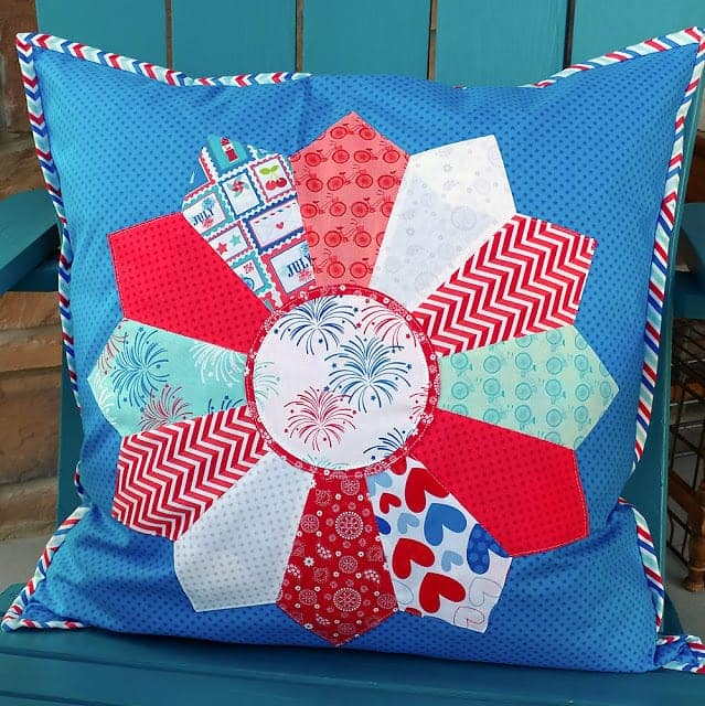 patriotic-dresden-pillow-amaroonie-designs