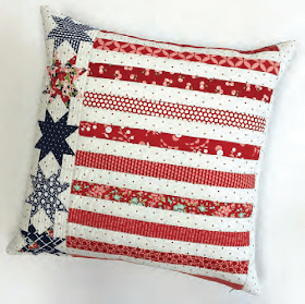 stars-and-stripes-pillow-moda