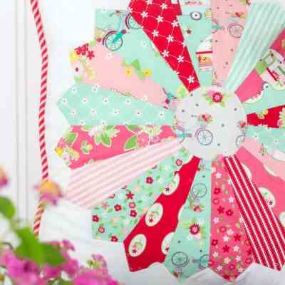 How to Make a Dresden Plate Pillow + New Vintage Adventure Fabric From Flamingo Toes