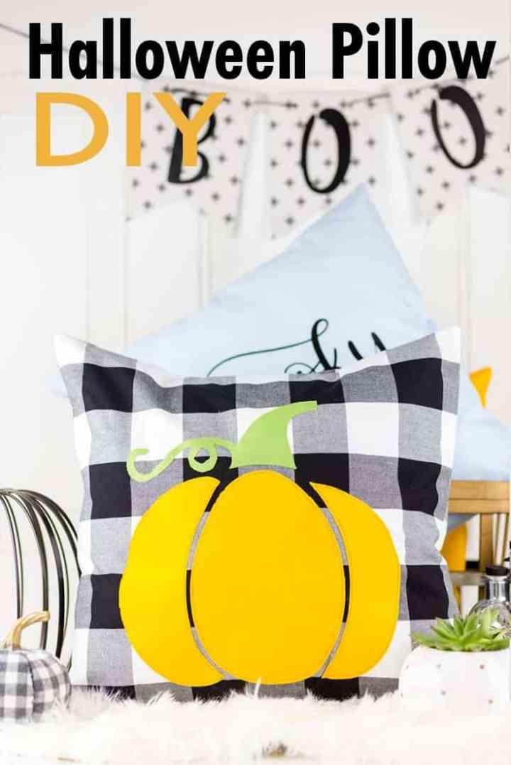 halloween-pillows-diy