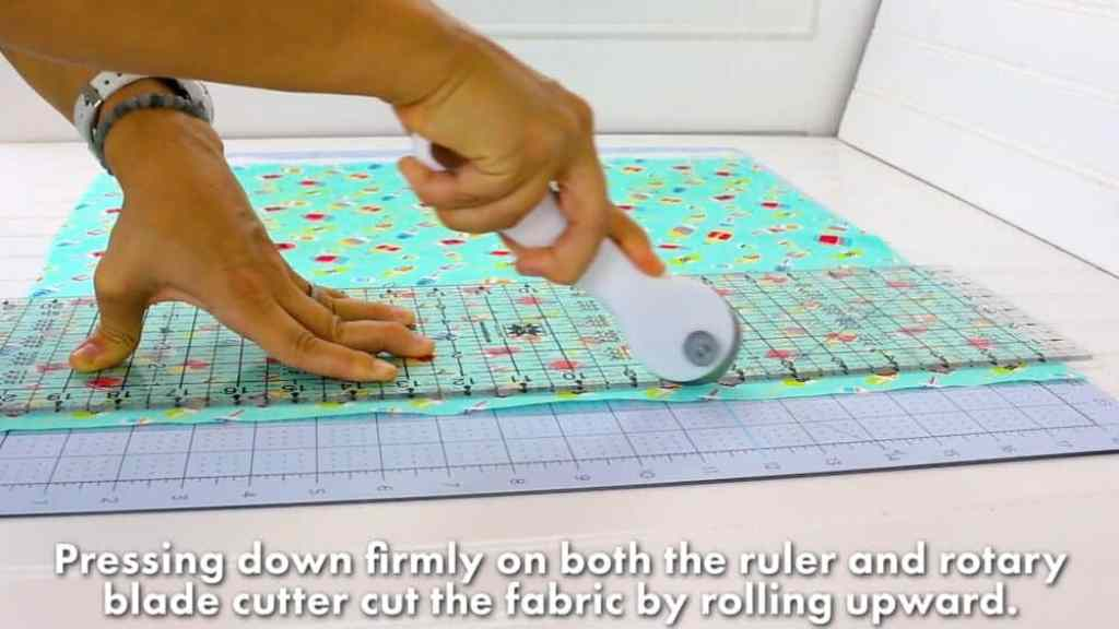 how-to-cut-fabric-to-square-up