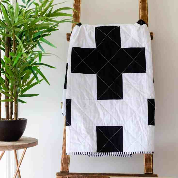Free Swiss Cross Quilt Pattern - A Modern Black and White Quilt