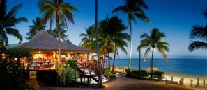 Sundowner Bar & Grill at Outrigger on the Lagoon Fiji