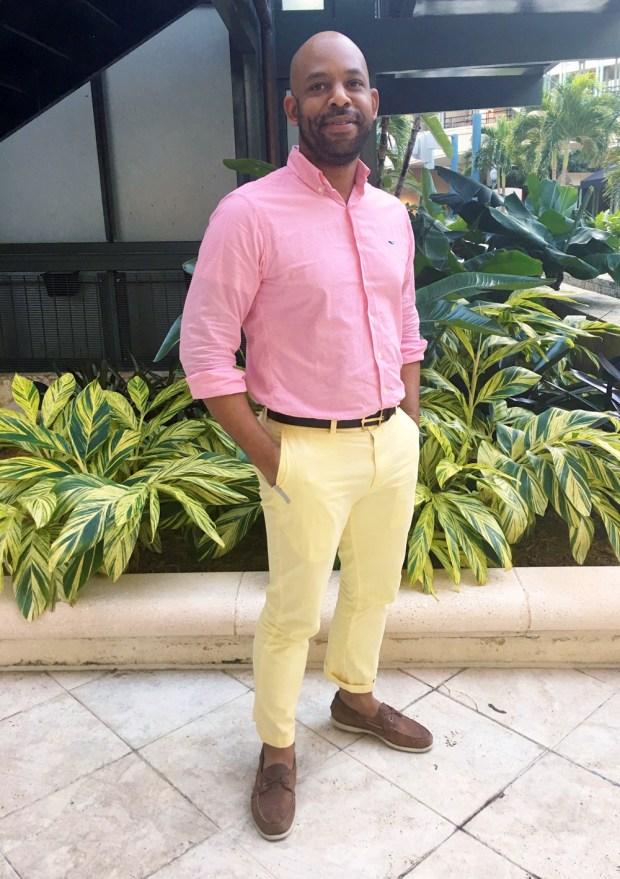 Silas-Vineyard-Vines-Yellow-Pant-with-Pink-Shirt