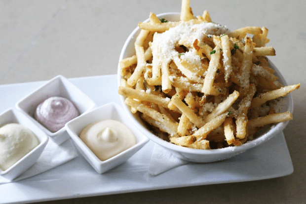 Angelique Euro Cafe in Coral Gables serves the most delicious pommes frites (french fries) with 3 kinds of aioli sauce. You have to try them! Click to read more or pin and save for later!
