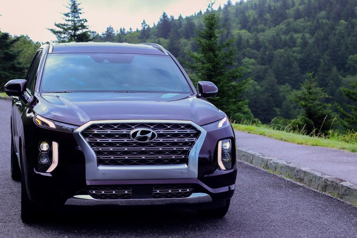 Asheville North Carolina Travel Guide Blueridge Mountains drive in 2020 Hyundai Palisade