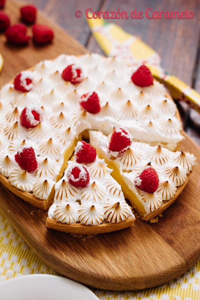 Tartaleta de limón y merengue suizo
