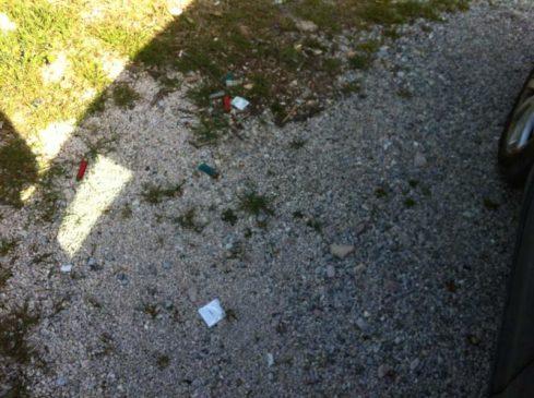 Preservativi e rifiuti al Belvedere 12