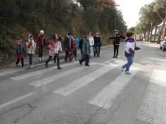 Scuola, a Corciano l'educazione stradale si fa per strada con i vigili docenti per un giorno 10