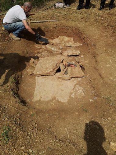 Ritrovata una tomba romana a Capocavallo, ecco le foto 7
