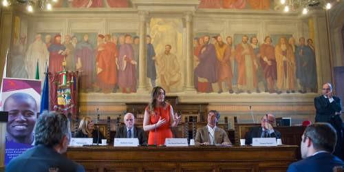 A Brunello Cucinelli il Premio Internazionale Rondine Preziosi per la Pace consegnato dal Ministro Boschi 2