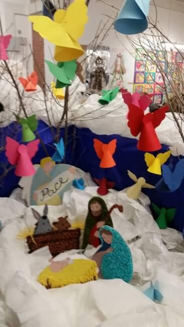 Natale: alla scuola primaria di Corciano laboratori per realizzare addobbi e lavoretti 14
