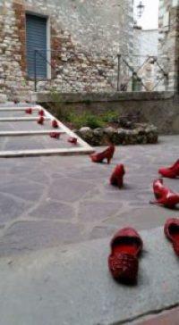 8 marzo festa della donna no violenza scarpe rosse corciano-centro
