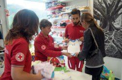 """""""Tree of Life"""", successo per l'inaugurazione del Charity Shop della Croce Rossa 4"""