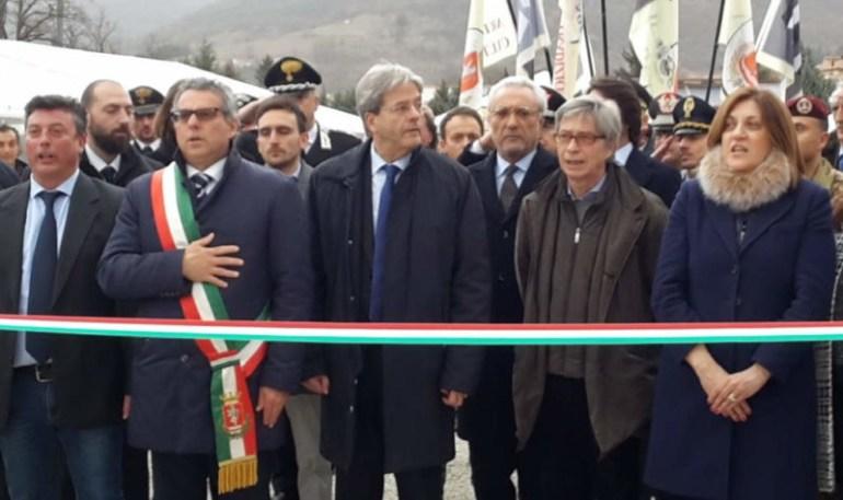 """Gentiloni: """"Venite a Norcia, venite in Umbria"""" inizia Nero Norcia 1"""