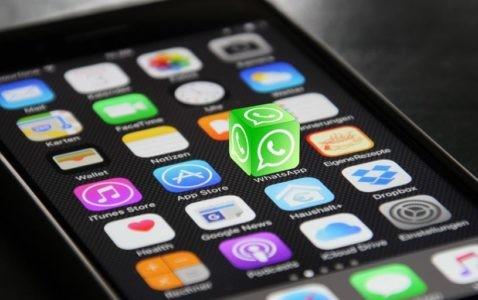 app apple Apple TV Apple Watch formazione informatica iOS ipad iphone iPod med store programmazione programming swift economia ellera-chiugiana glocal