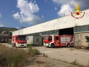 ac556aa 300x225 - Incendio ad Ellera in uno stabilimento abbandonato