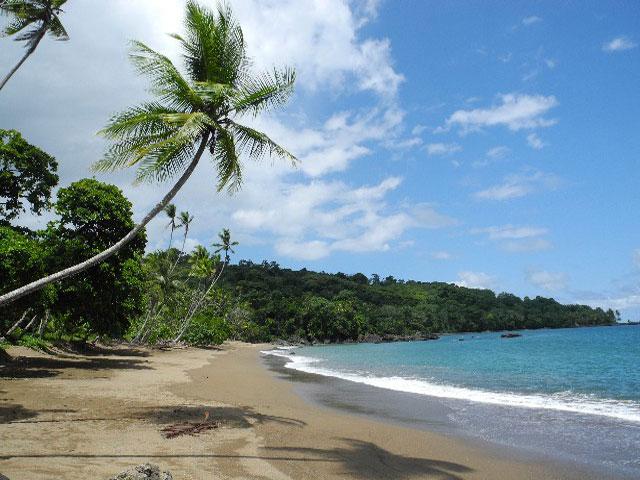 beach_near_corcovado_tent_camp